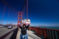 GG bridge sign