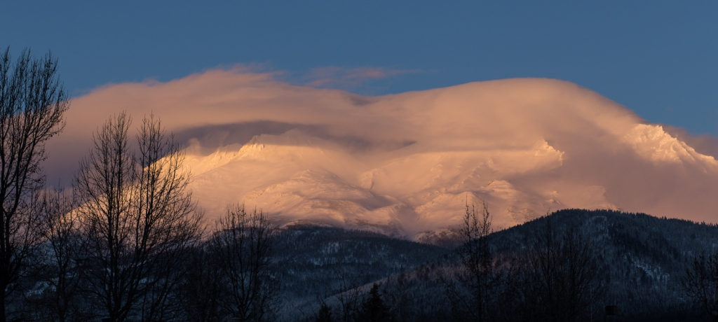 cloud veiled shasta sunset ~d nelson