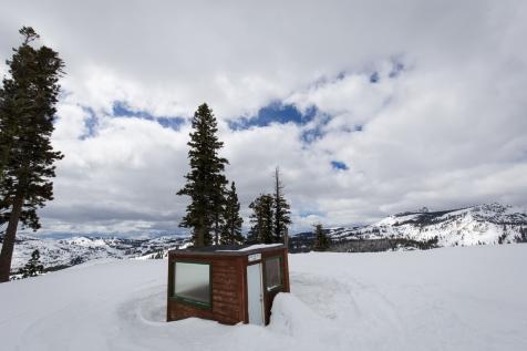 warming hut refuge